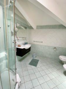 Baño, doble, detalles, la gemma napoles, Habitación Doble