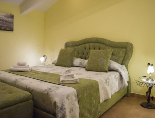 Green Double Room