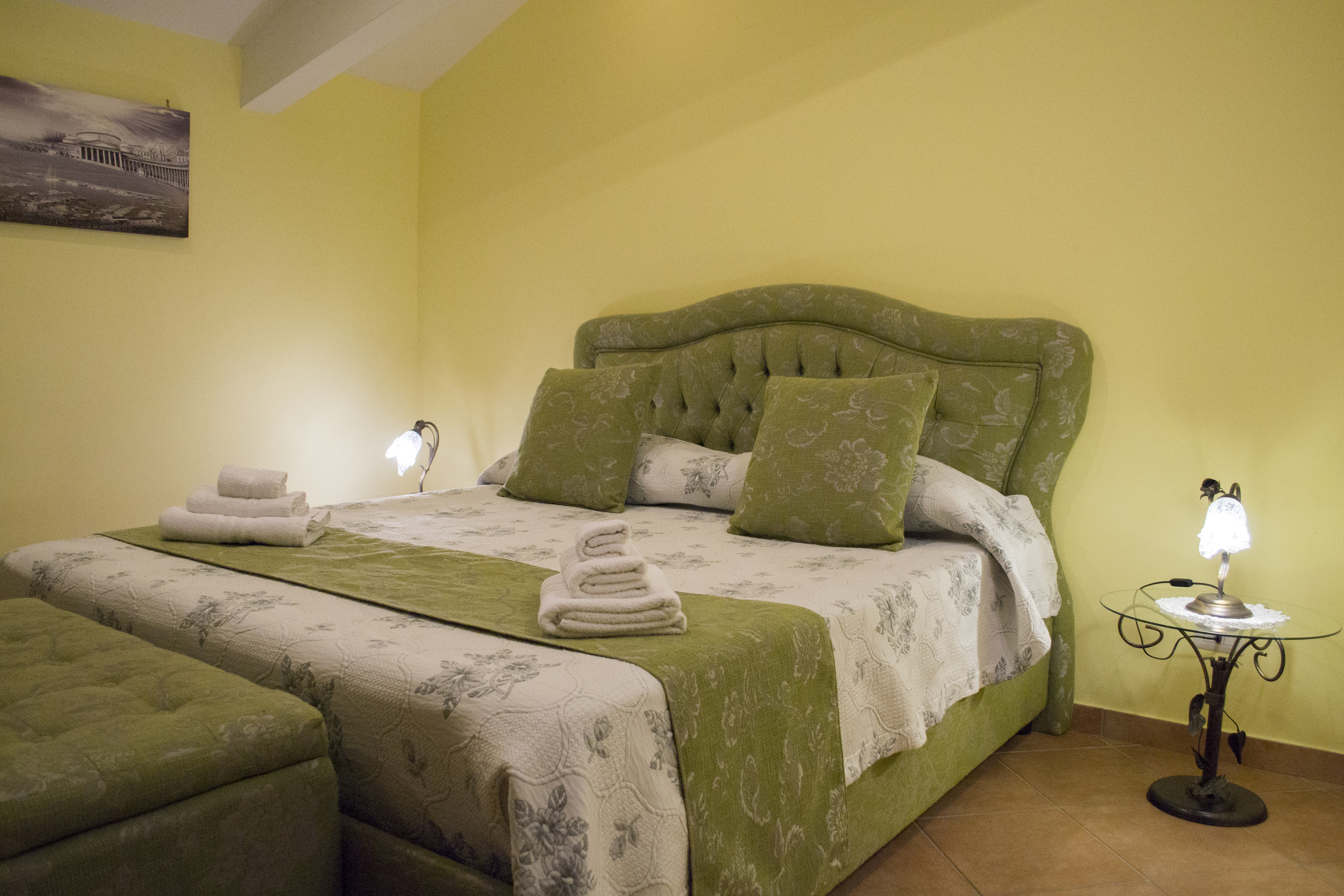 Nuovo Arredo Camere Matrimoniali.La Gemma B B Camera Matrimoniale Green Con Bagno Privato