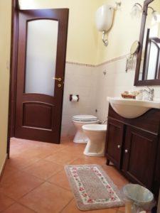 bathroom, double room, orange